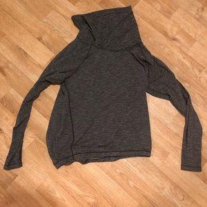 Lululemon pullover Rulu sweater size 6